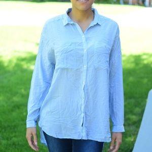 H&M Plus Size 2 Blue Button up blouse High Low
